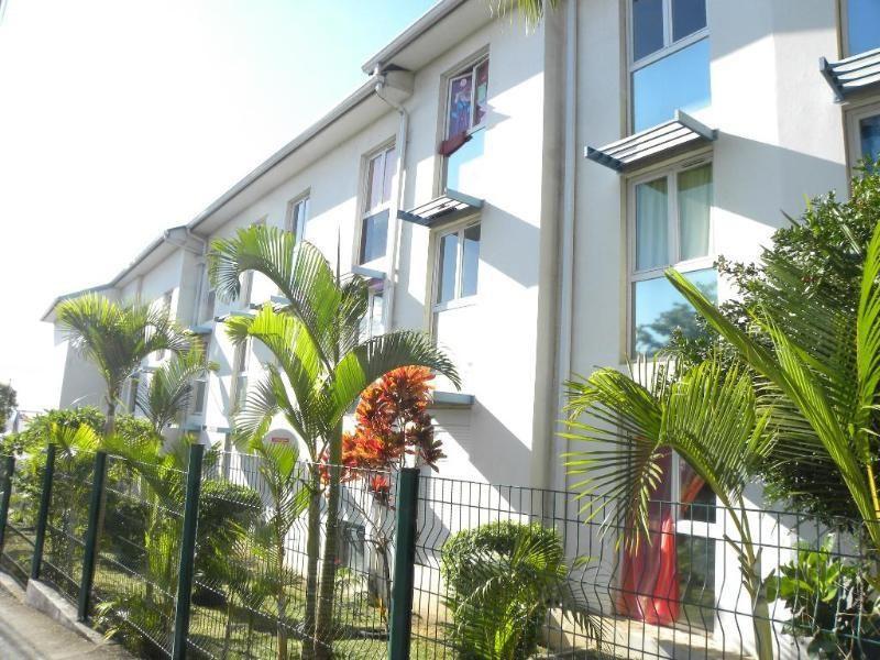 SAINT DENIS - Appartement 2 pièces-27 m2